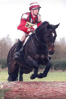 Alex Grinstead riding Sarah Allan's Rowanberry.