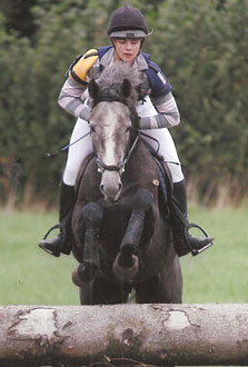 Student Louise Clarke with Team Bleekman's Delphy May Grey.